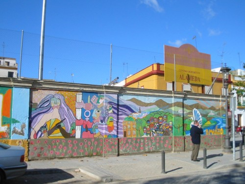 Grafiti en el muro del Centro Deportivo Alameda de Hércules - Sevilla. Grafiti 59.