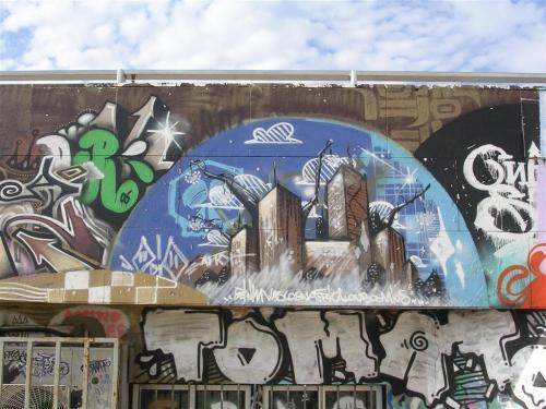 Ciudad de rascacielos. Grafiti 65.