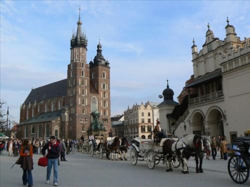 La Iglesia de Santa María en la Plaza del Mercado - Cracovia (Polonia)