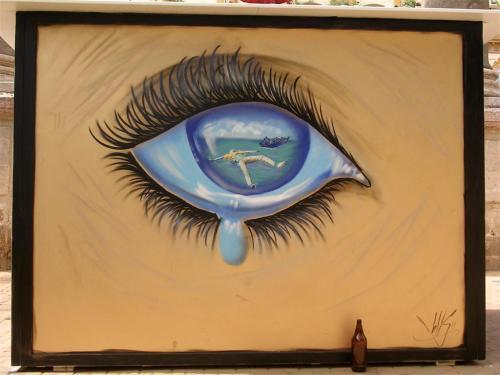 Patera y muerte en la retina. Ojo con una lágrima. Grafiti 104.