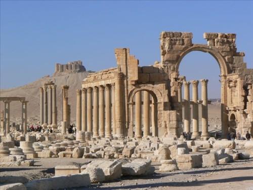 Vía Columnada. Está flanqueada por más de 200 columnas. Palmira - Siria.