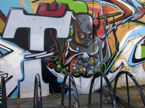 Alien de 5 ojos. Grafiti 159.