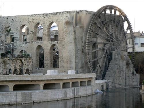 Noria Al-Jisriyye. Atraviesa la ciudad el río Orontes. Siria.