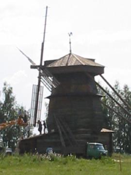 Molino de madera. Súzdal – F. Rusia