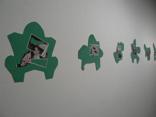 S/T. Serie de 18 obras, 2009 - Collage. Fotografías y acrílico sobre cartón.
