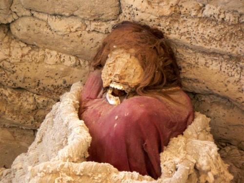 Fotos de momias del Cementerio de Chauchilla, Distrito de Vista Alegre, Departamento de Ica - Perú. Foto por martin_javier