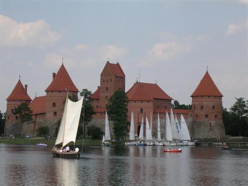 Foto del Castillo de  Trakai – Lituania. Foto por martin_javier.