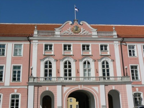 Foto del Castillo de Toompea de Tallin - Parlamento de Estonia. Foto por martin_javier.