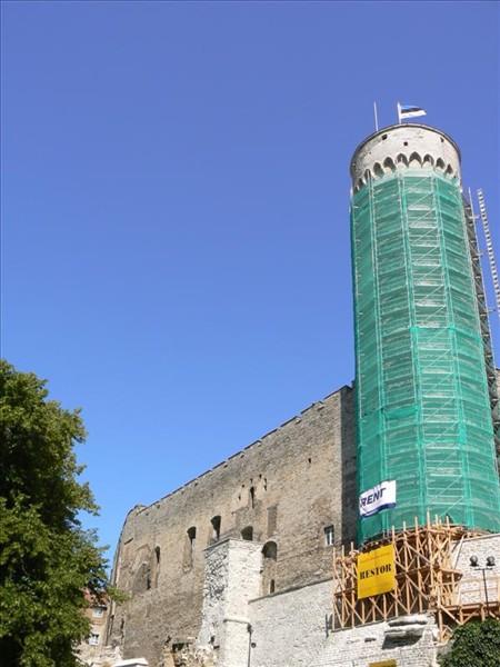 Foto de la Torre Pikk Hermann de Tallin – Estonia. Foto por martin_javier.