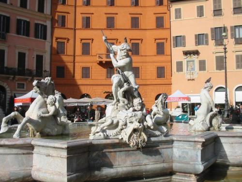 Foto de la Fuente de Neptuno en la Plaza Navona de Roma - Italia. Foto por martin_javier