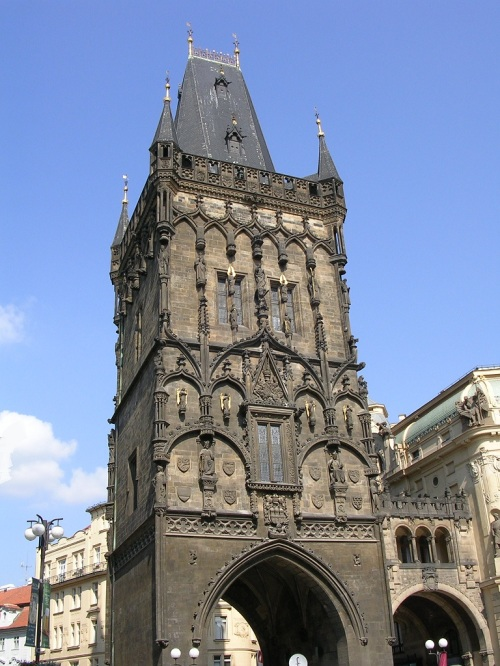 Foto de la puerta de la Torre de la Pólvora de Praga - República Checa. Foto por martin_javier