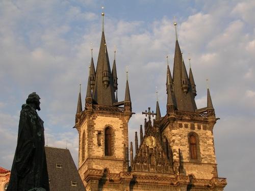 Fotos del monumento a Jan Hus en la Plaza de la Ciudad Vieja de Praga - República Checa. Foto por martin_javier.