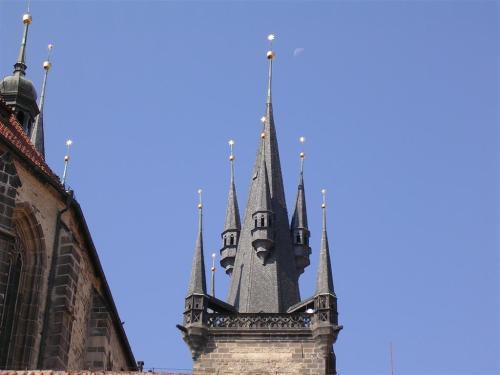 Fotos de la Iglesia de Nuestra Señora de Tyn en Praga – República Checa - Foto por martin_javier