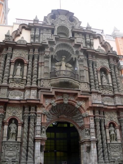 Fotos de la Basílica de Nuestra Señora de la Merced en Lima - Perú. Foto por martin_javier