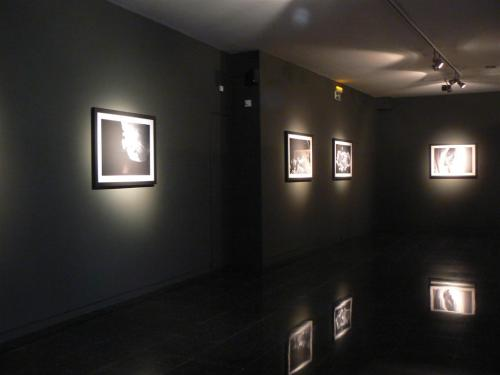 """Fotos de la exposición Cristiranos Puros de Africa de Luis López """"Gabú"""""""