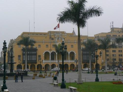 Fotos de la Plaza Mayor o Plaza de Armas de Lima - Perú. Foto por martin_javier