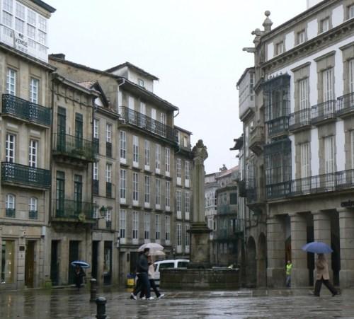 Fotos de la Plaza Cervantes en Santiago de Compostela - España. Foto por martin_javier