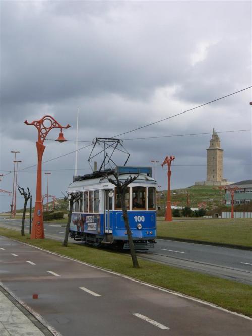 Foto del tranvía turístico de a Coruña - España. Foto por martin_javier