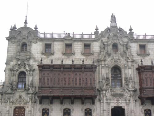 Foto del Palacio Arzobispal de Lima - Perú. Foto por martin_javier