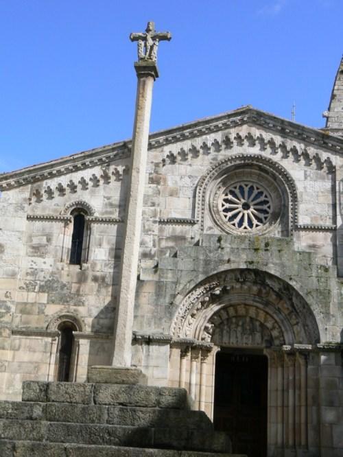Fotos de la Colegiata de Santa María do Campo en A Coruña - España. Foto por martin_javier