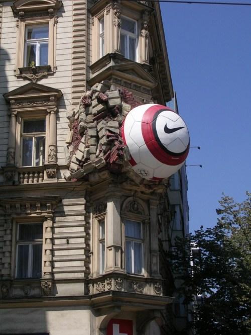 Fotos de edificios de la plaza Wenceslao en Praga - República Checa. Foto por martin_javier