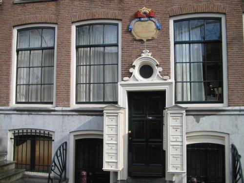 Fotos de fachadas de casas típicas de Amsterdam – Holanda. Foto por martin_javier