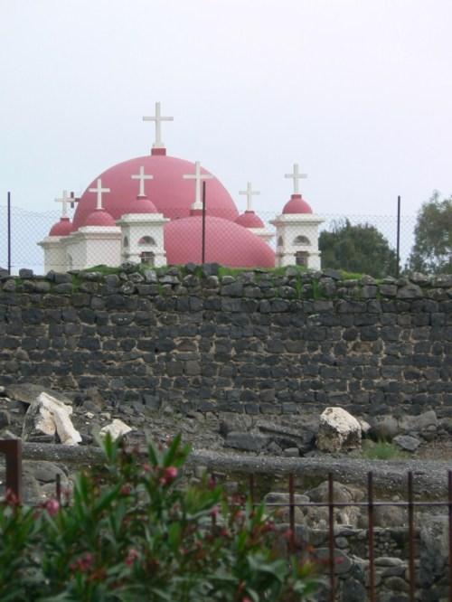 Fotos de la La Iglesia Ortodoxa Griega de los Siete Apóstoles en Cafarnaúm - Israel. Foto de martin_javier