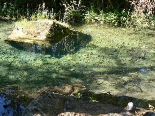 Fotos del nacimiento del Río Cuervo - Cuenca - España. foto por martin_javier