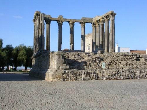 Fotos del templo romano de Évora - Portugal. Foto por martin_javier
