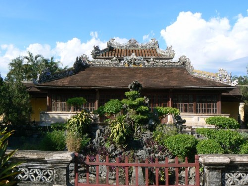 Fotos de la Ciudad imperial: Biblioteca – Hue – Vietnam. Foto por martin_javier