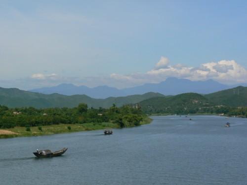 Fotos del Río Perfume – Hue – Vietnam. foto por martin_javier