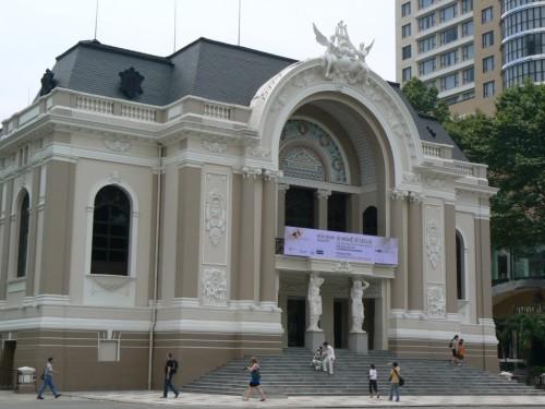 Fotos del Teatro de la Ópera en Ciudad Ho Chi Minh - Vietnam. Foto por martin_javier