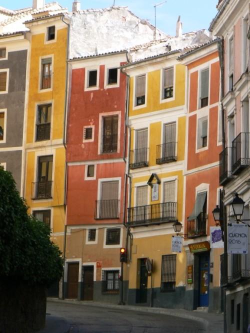 Fotos de la calle Alfonso VIII de Cuenca - España. Foto por martin_javier