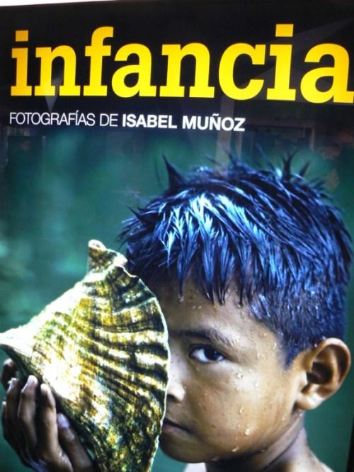 Fotos de la exposición Infancia de la fotógrafa Isabel Muñoz - Caixa Forum - Madrid
