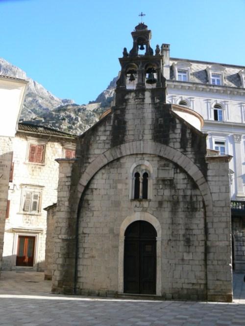 Fotos de la Iglesia de San Lucas de Kotor - Montenegro. Foto por martin_javier