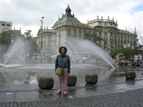Fotos de la Karlsplatz de Múnich - Alemania. Foto por martin_javier