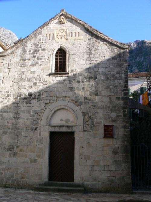 Fotos de la Iglesia de San Miguel de Kotor - Montenegro. Foto por martin_javier