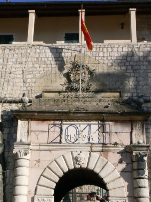 Fotos de la Puerta del Mar o Puerta del Oeste (1555) de Kotor - Montenegro. Foto por martin_javier