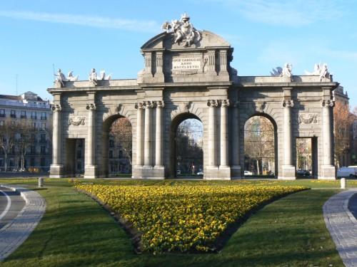 Fotos de la Puerta de Alcalá de Madrid - España. Foto por martin_javier