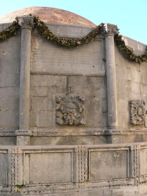 Fotos de la Gran fuente de Onofrio de Dubrovnik - Croacia. Foto por martin_javier