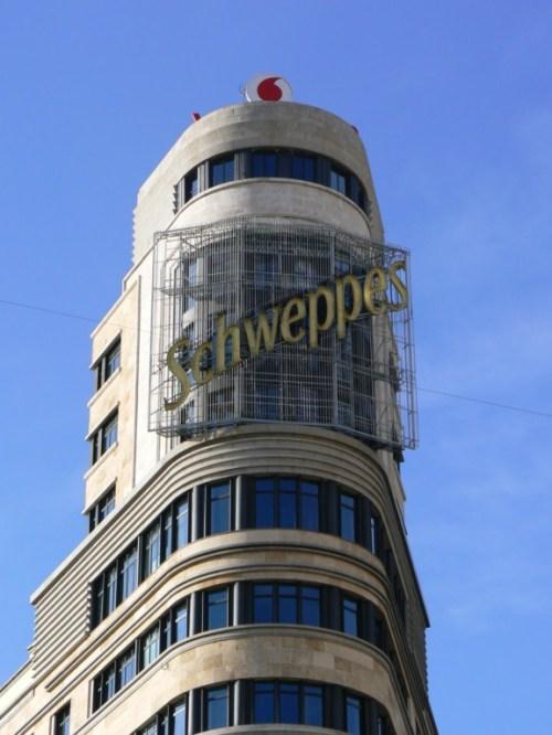 Fotos del edificio Schweppes o Edificio Carrión o Edificio Capitol de Madrid - España. Foto por martin_javier