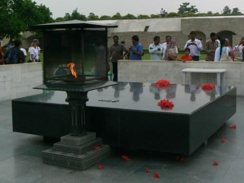Fotos del Raj Ghat Memorial a Gandhi en Delhi - India. Foto por martin_javier