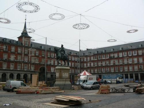 Fotos de la Estatua de Felipe III en la Plaza Mayor de Madrid - España. Foto por martin_javier