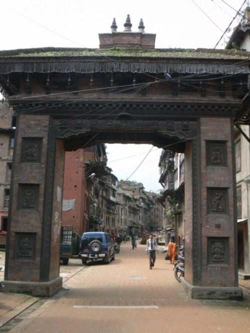 Fotos de la Puerta de la ciudad de Bhaktapur - Valle de Katmandú - Nepal. Foto por martin_javier