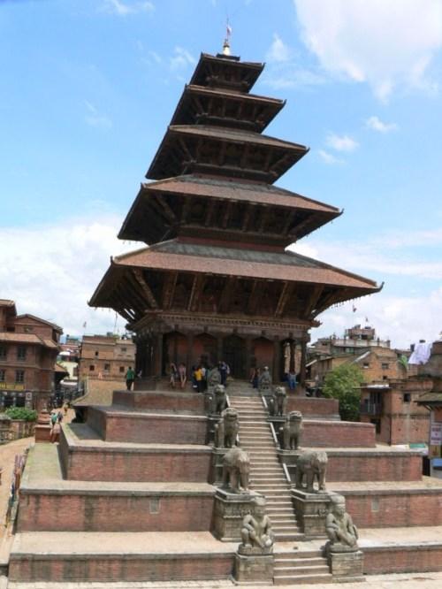 Fotos del  templo Nyatapola de Bhaktapur - Valle de Katmandú - Nepal. Foto por martin_javier