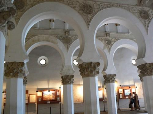 Fotos de la iglesia de Santa María la Blanca de Toledo - España. Foto por martin_javier