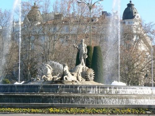Fotos de la Fuente de Neptuno de Madrid - España. Foto por martin_javier