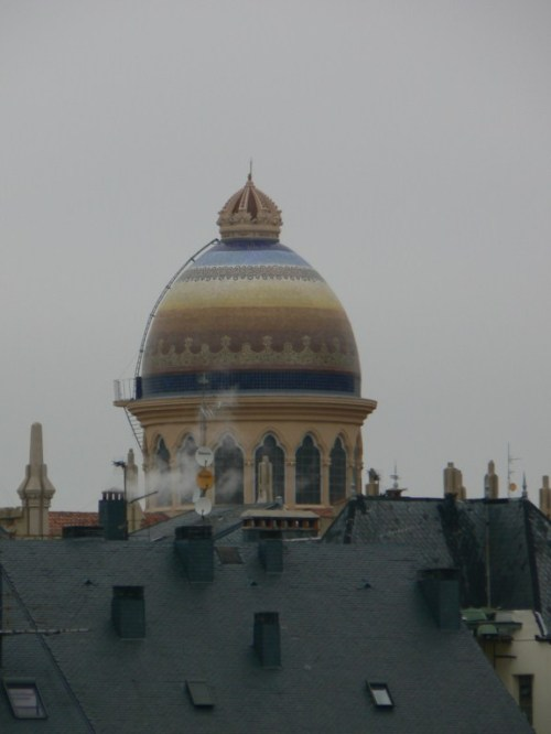 Foto de la cúpula de la parroquia de Santa Teresa y San José en Madrid - España. Foto por martin_javier
