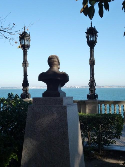 Foto Mirando al mar desde la Alameda Apocada de Cádiz - España. Foto por martin_javier