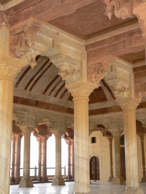 Fotos Divan-i-Am o Sala de Audiencia del Fuerte Amber - India. Foto por martin_javier